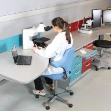Mesa para microscópio ergonómica MEW